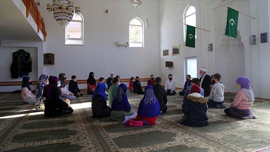 Asırlardır süren mektep geleneği, Bosna Hersek'te dini eğitimin temelini oluşturuyor