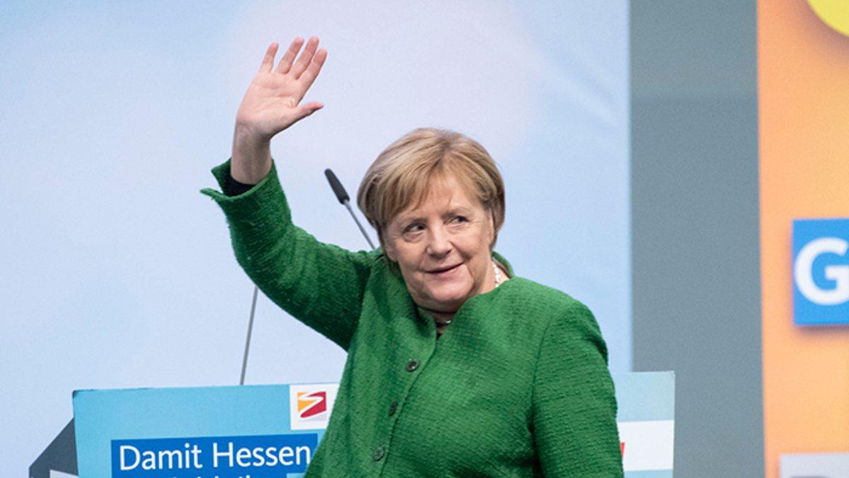 Angela Merkel'in partisi CDU, yeni liderini seçecek
