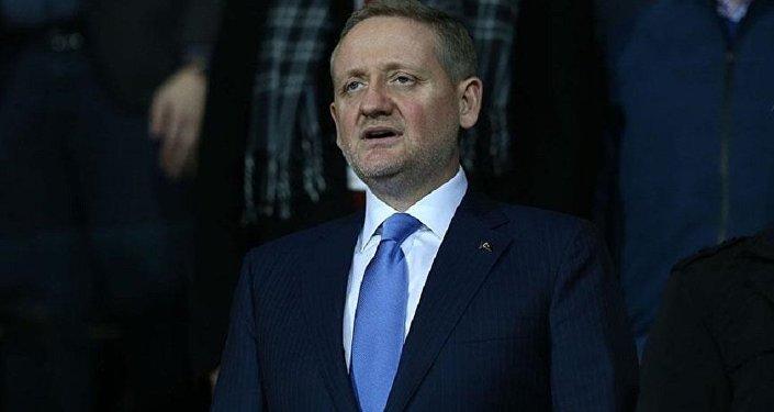 Başakşehir Başkanı Göksel Gümüşdağ'dan Avrupa maçları için seyirci talebi