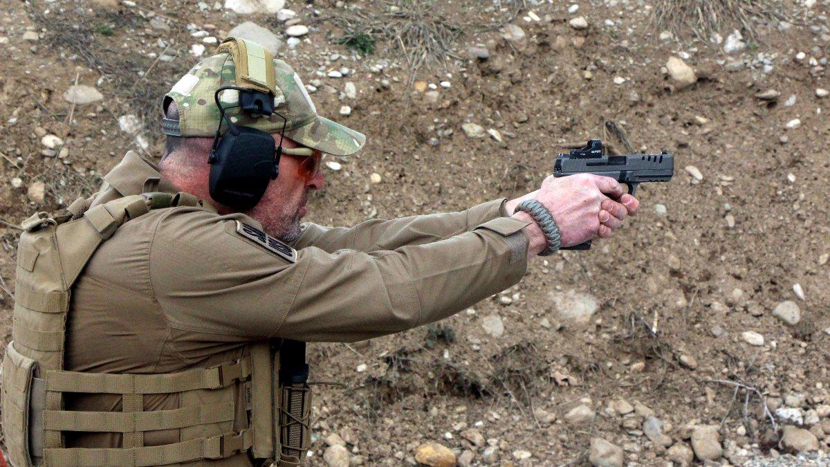 Düzce'de üretilen yerli tabanca, ABD'de yılın en iyisi seçildi