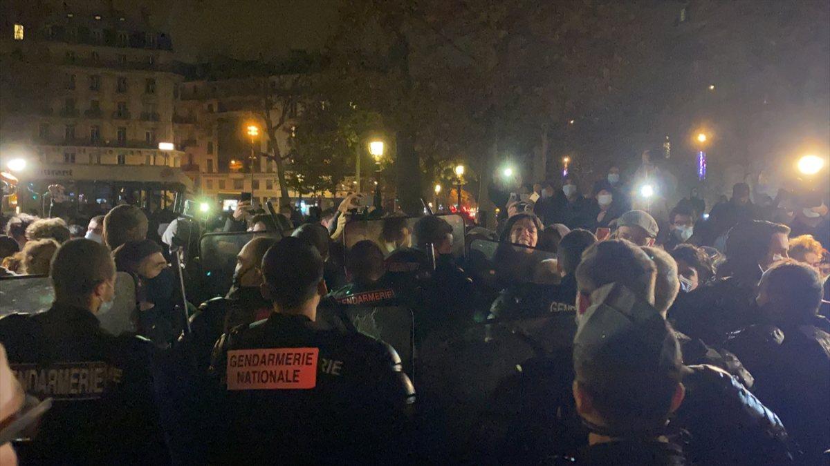 Fransa'da polisle göstericiler arasındaki gerilim devam ediyor