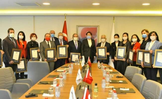 İyi Parti Diplomasi Akademisi Konferans Serisi Katılımcıları Diplomalarını Genel Başkan Akşener'den Aldı