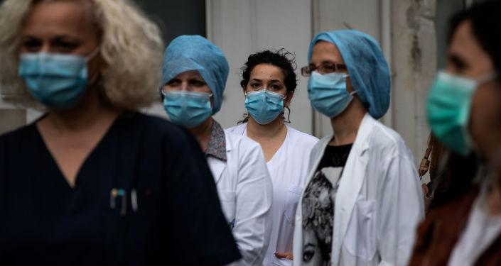 Yunanistan'da artan Kovid-19 vakaları nedeniyle gece sokağa çıkma yasağı uygulanacak